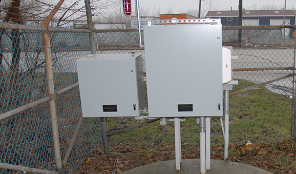 Pole Mounted Enclosure for Pump Controls